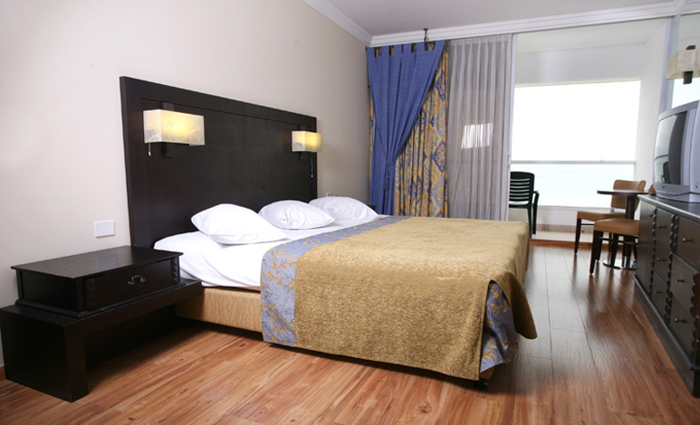 deluxe suite, Crowne Plaza, Мертвое море, Израиль